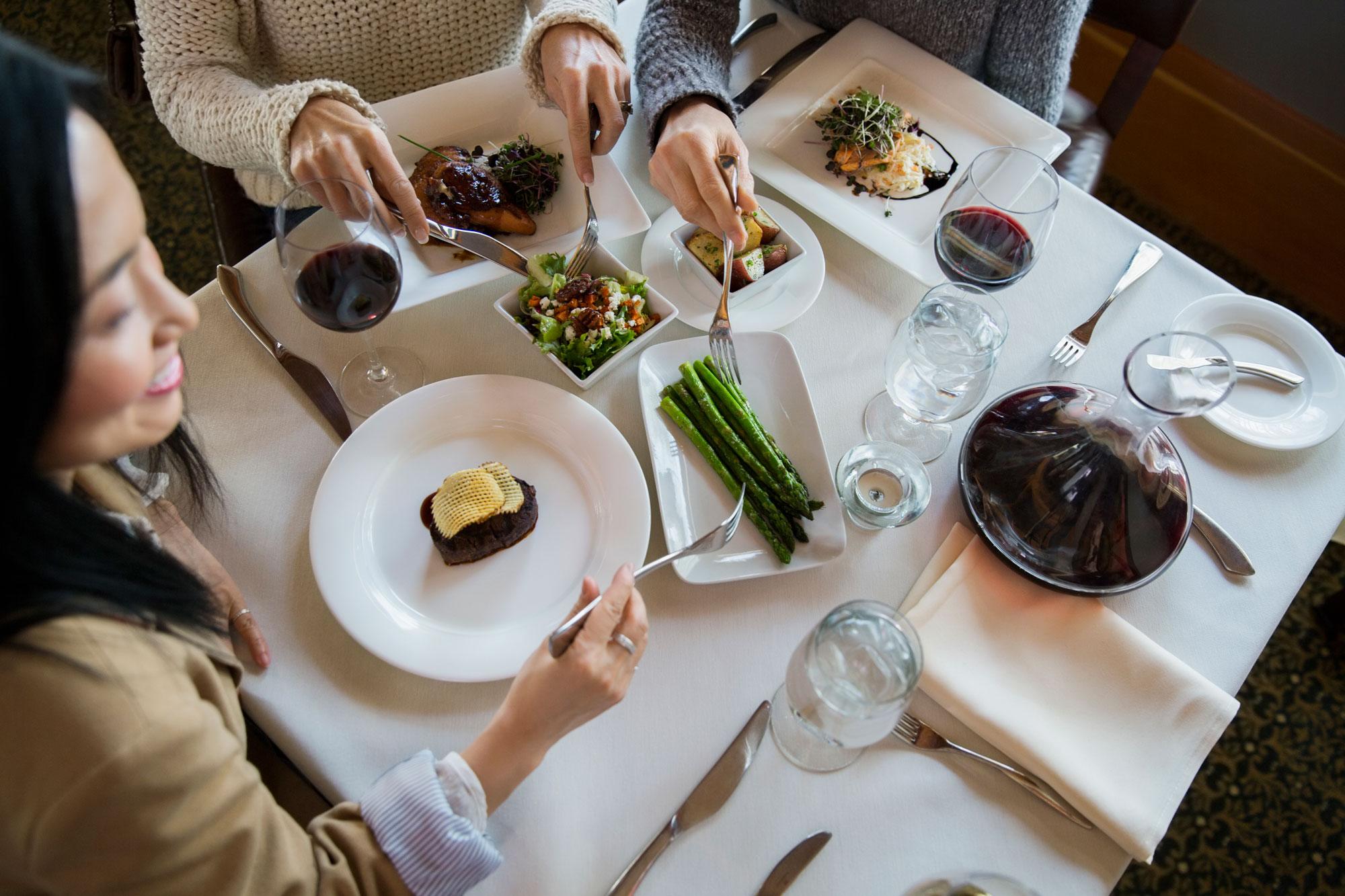 dining-at-rustica